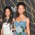 Chloe & Halle posam para fotos no Variety's Power of Young Hollywood event na TAO Hollywood em Los Angeles, na California – 08/08/2017