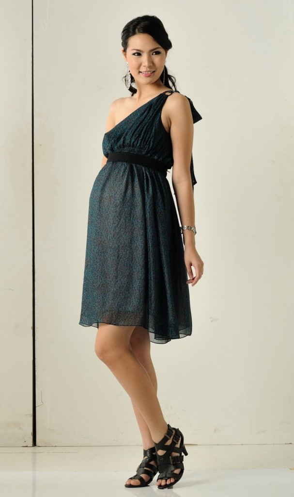 7fd3c544c97a WhiteAzalea Maternity Dresses: Fashionable Maternity Dresses for ...