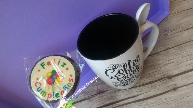 Piruleta Feliz Cumpleaños y taza de desayuno