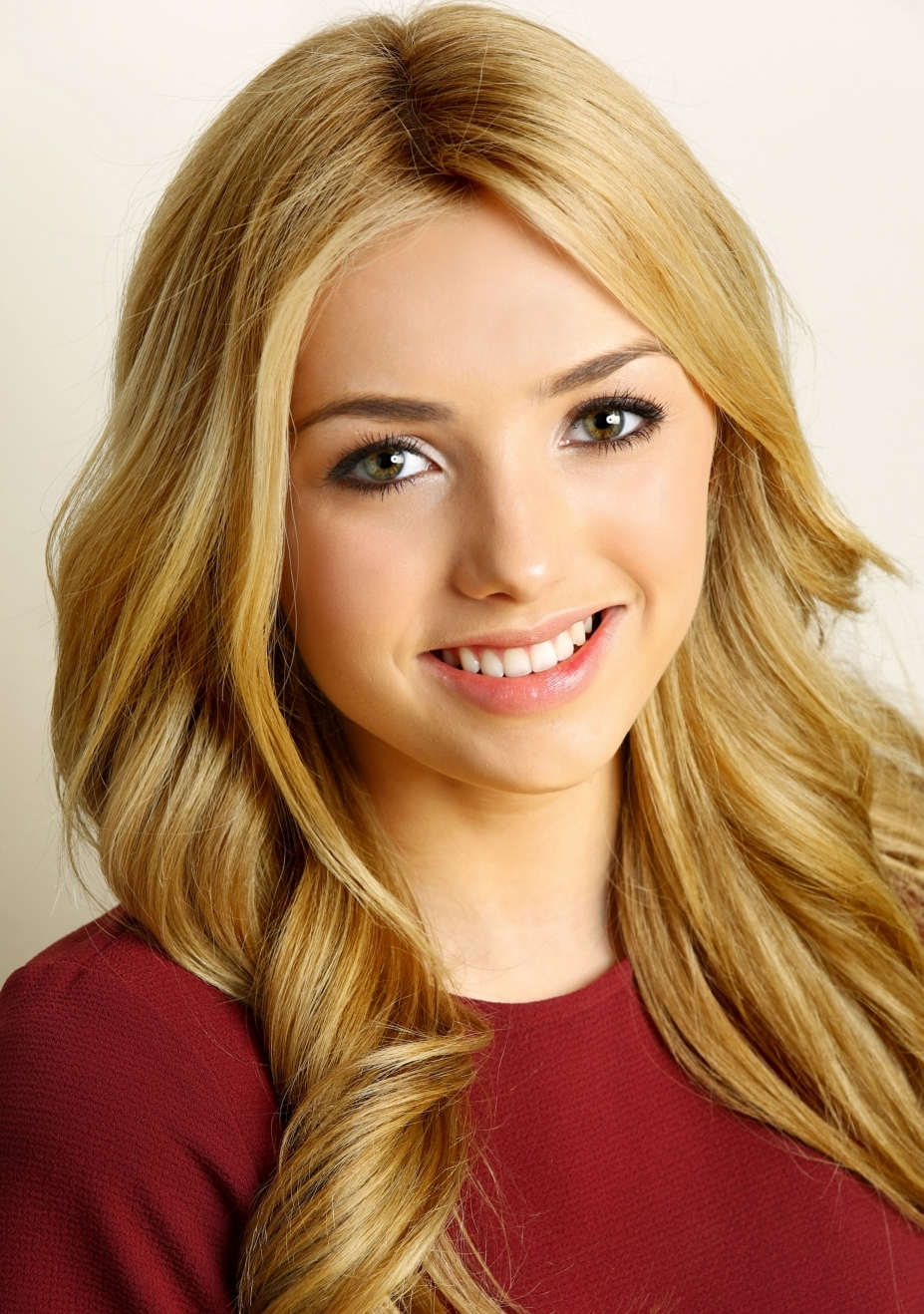 photo Peyton List (actress, born 1998)