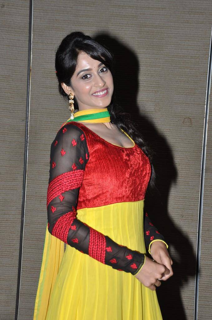 Glamorous Regina Cassandra Photos In Yellow Dress