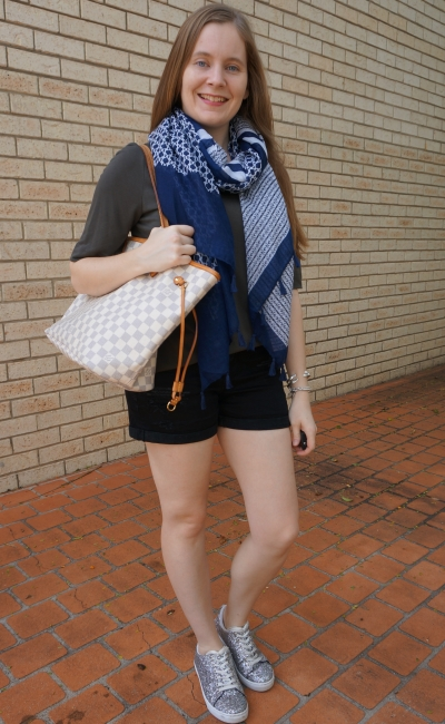 silver sneakers, distressed denim shorts, olive slouchy tee, navy geo print scarf and neverfull | away from blue