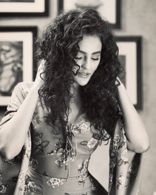 Seerat Kapoor Latest Hot Instagram Photos