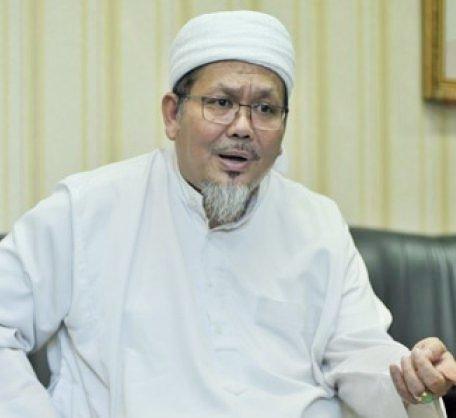 "KH. Tengku Zulkarnain: ""Takut Rezim, Tidur Saja!"""