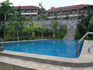 View Gunung Maksimal di Rizen Kedaton Resort Gunung Geulis Bogor