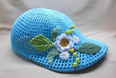 Gorra floral tejida a crochet gráficos