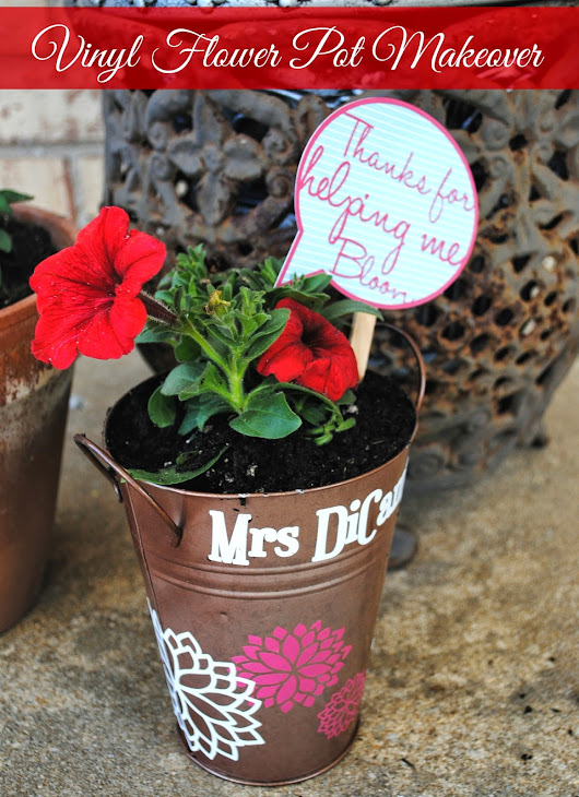 Dollar Store Flower Pot Makeover with Vinyl Flowers (and a GIVEAWAY!)
