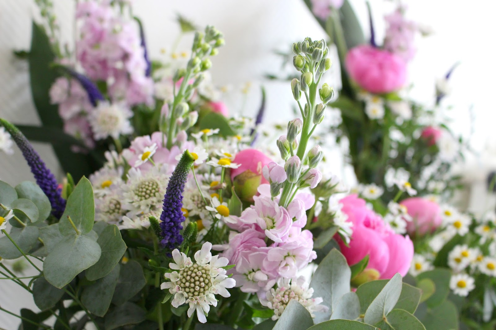 la petite boutique de fleurs fleuriste mariage lyon fleuriste mariage rh ne livraison du jour. Black Bedroom Furniture Sets. Home Design Ideas