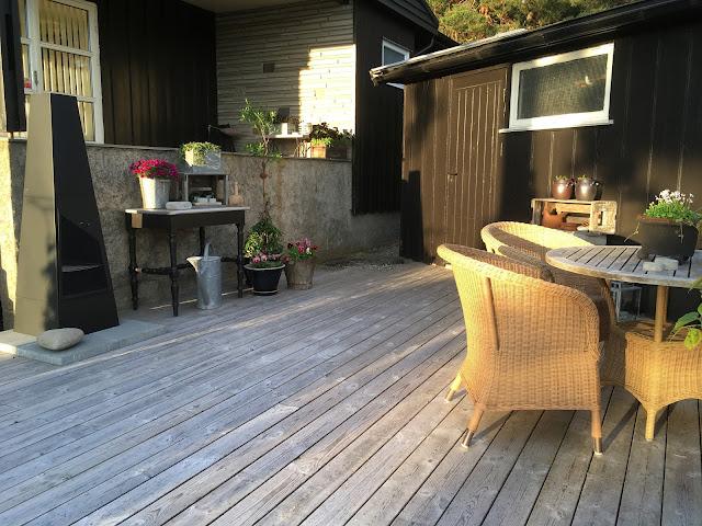 Bygge terrasse - tips Her er den ferdig og nytes hele sesongen. Furulunden.