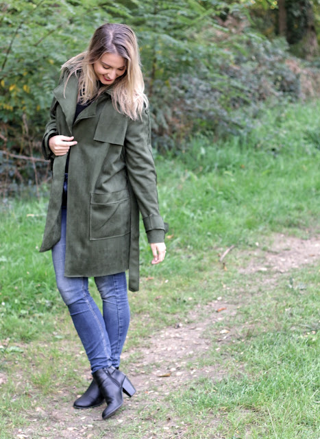agathe diary blogueuse bordeaux tenue automne trench stradivarius