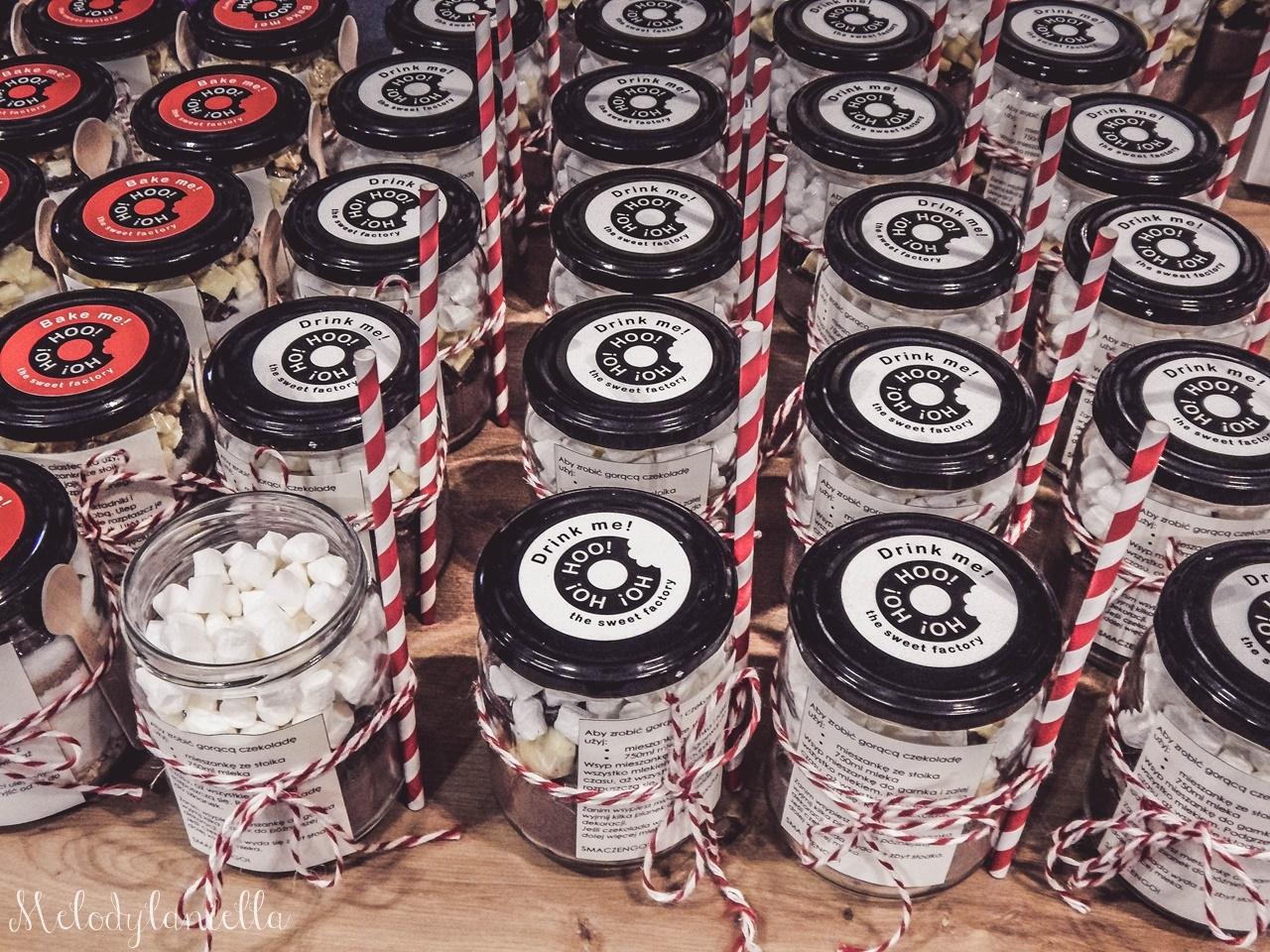 6 nietypowy jarmark świąteczny piotrkowska 217 co dzieje się w łodzi dwukropek ogrody zofii bożonarodzeniowy jarmark targ świąteczny świat z lukru pierniki świąteczne łódź biżuteria handmade piando zigner