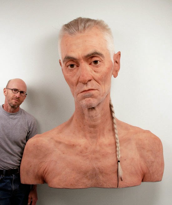 10-Evan-Penny-Photo-Realistic-Sculptures-mixed-with-Optical-Illusions-www-designstack-co