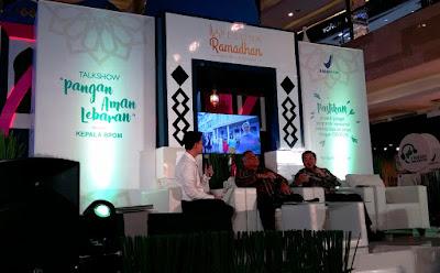 Suasana panggung saat event talkshow Pangan Aman Lebaran
