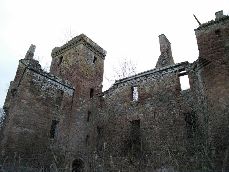 Redcastle castle