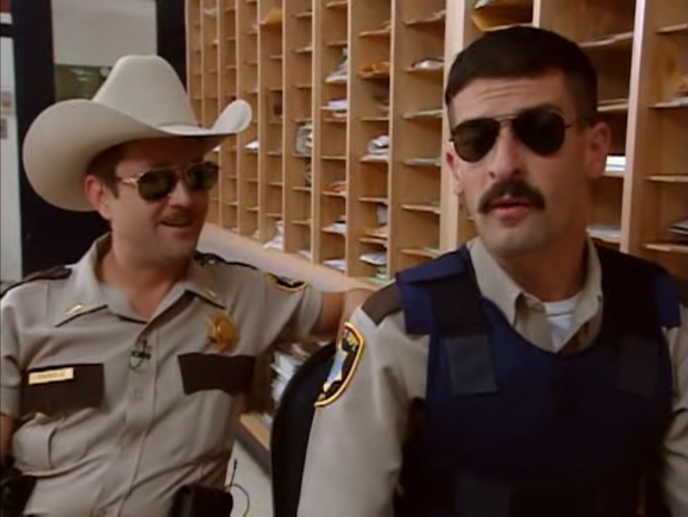 Reno 911 Lieutenant Dangle
