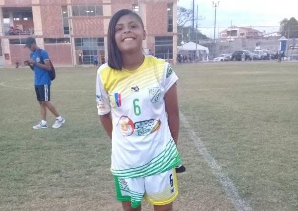 APURE: Nativa de San Fernando Diana Álvarez debutó con Arroceros de Calabozo en Súper Liga Femenina.