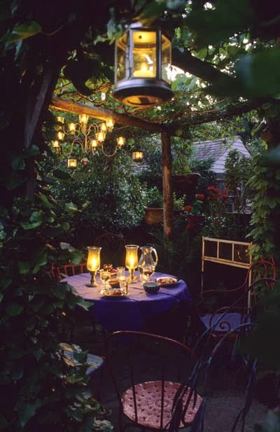 Side Street Style: 5 Ideas to Consider Before you Renovate ... on Romantic Backyard Ideas id=53807