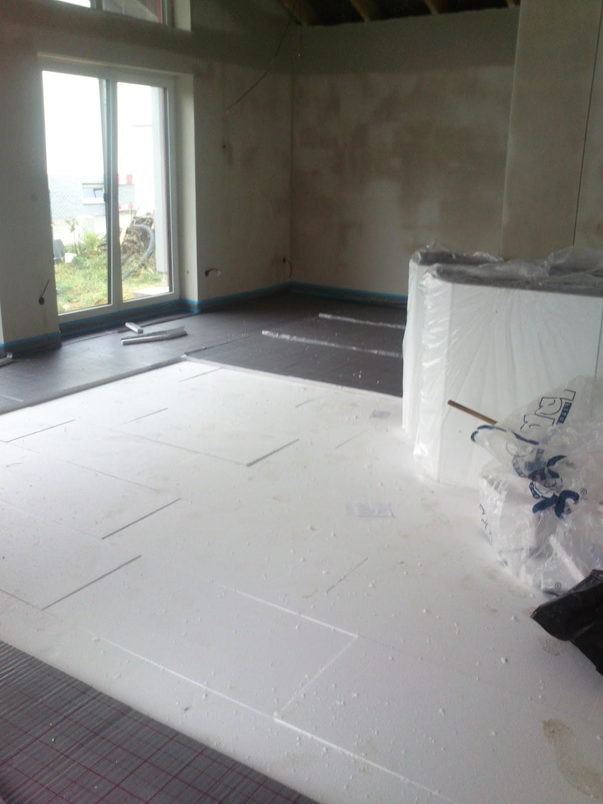 bautagebuch heizkreisverteiler d mmung und fu bodenheizung wurde verlegt. Black Bedroom Furniture Sets. Home Design Ideas