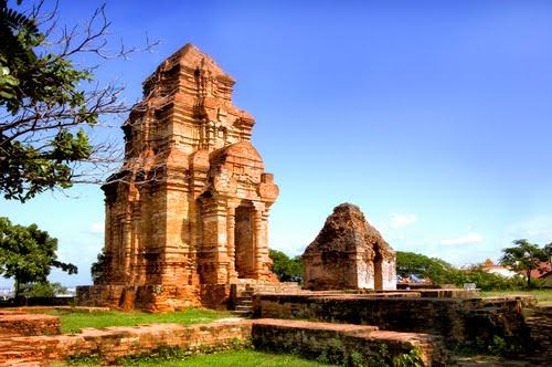 Tháp Chàm Pôsanư | Du lịch Viettrip