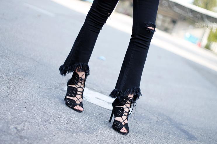 jeans sfrangiati e lace up autunno 2016