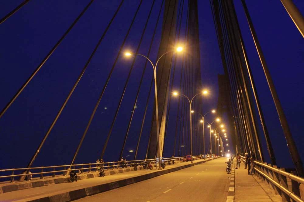 kondisi di malam hari jembatan balerang