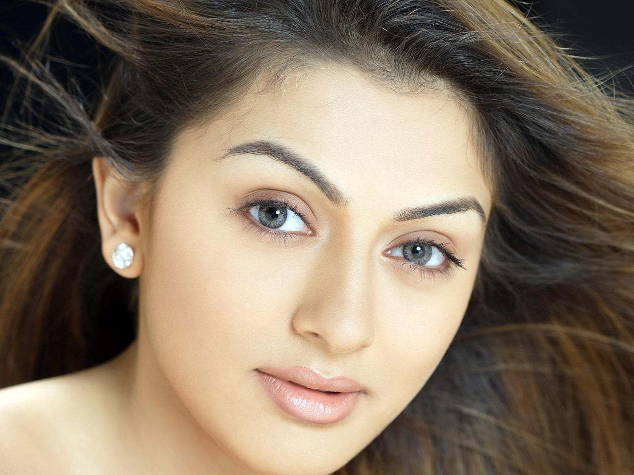 Actress Hd Wallpapers Hd Wallpapers: All HD Wallpapers (Actress): Hansika Motwani Wallpapers