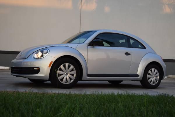 used 2012 volkswagen beetle clean title low miles by owner. Black Bedroom Furniture Sets. Home Design Ideas