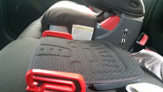 mifold Grab-and-Go Car Booster Seat height
