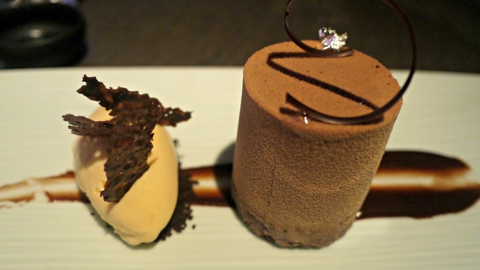 yauatcha jasmine honey chocolate dessert