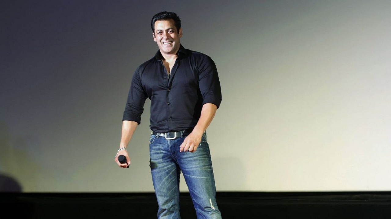 Salman Khan Age, Wiki, Wife, Biography, Height, Weight, Family and More in Hindi