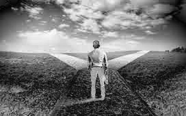 Ponderações sobre a efetiva liberdade do homem e sua fixidez em um determinado estado.