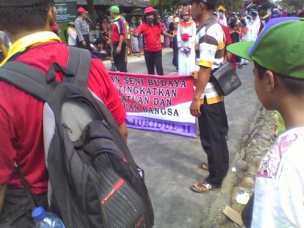 Foto SDN Lajukidul 2 pada acara Festival Karnaval Kecamatan Singgahan Tuban 2014