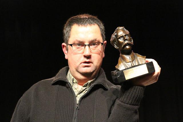 En nombre de Gorabide, Santi Carrascosa ha recogido el premio Barakaldo Solidario