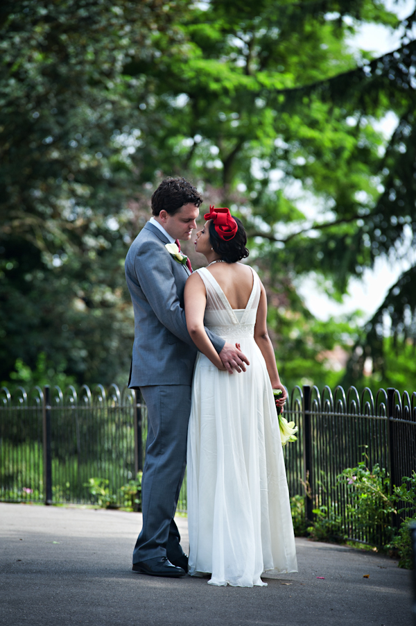 Neli Prahova: Tips On Wedding Photography Poses For