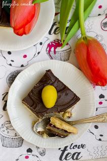 (Mazurek czekoladowy z marcepanem