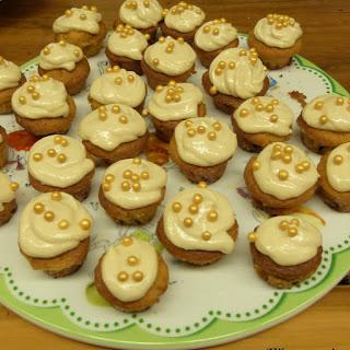 https://danslacuisinedhilary.blogspot.com/2013/06/cupcakes-au-caramel-beurre-sale-salted.html