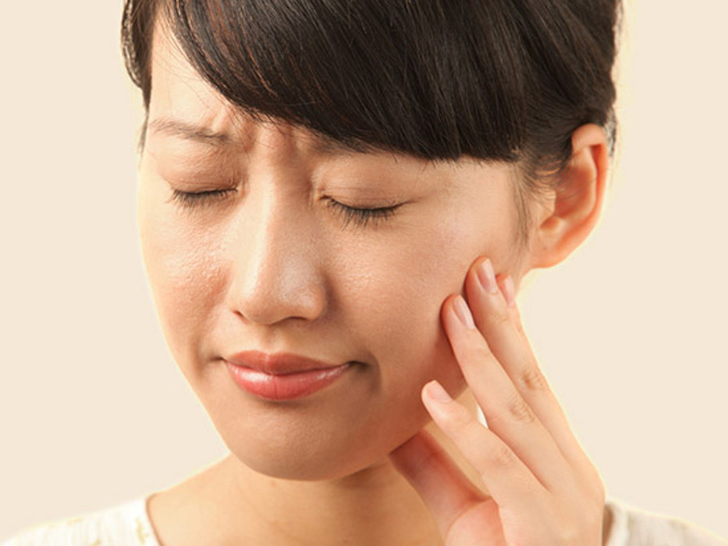 Nhất định không bao giờ xem thường việc bị chảy máu chân răng