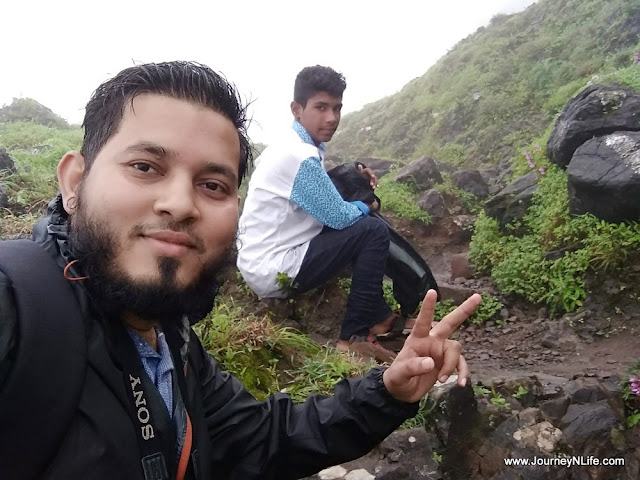 Rohida Fort (Vichitragad) - Quick Monsoon Trek near Pune