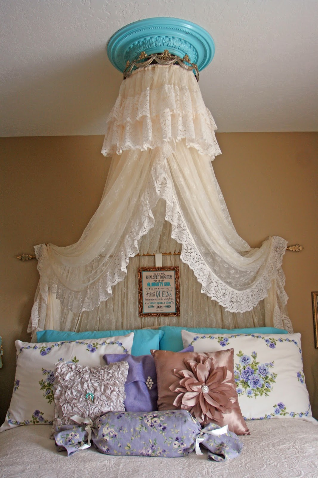 Adventures of a BusyBee: Vintage Aqua Princess Bedroom for ...
