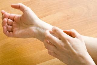 Alergi yakni reaksi merugikan yang dilakukan oleh sistem kekebalan badan untuk melawan za 10 Makanan Ini Berkhasiat Sebagai Anti Alergi
