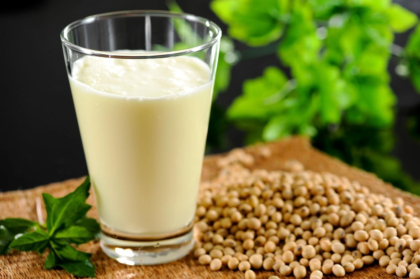 Bà bầu uống sữa đậu nành như thế nào mới tốt?
