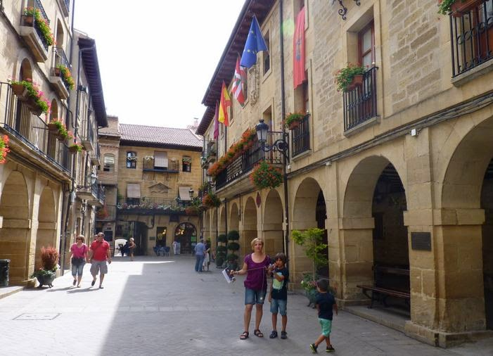 Plaza Mayor de Laguardia.