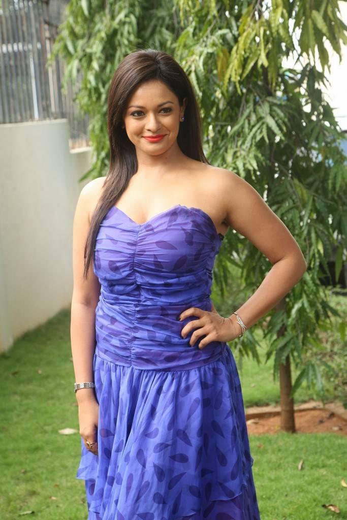 Pooja Kumar At Garuda Vega Movie Teaser Launch Event Stills