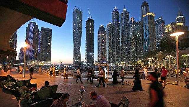 В ОАЭ туриста посадили в тюрьму за случайное прикосновение к незнакомцу
