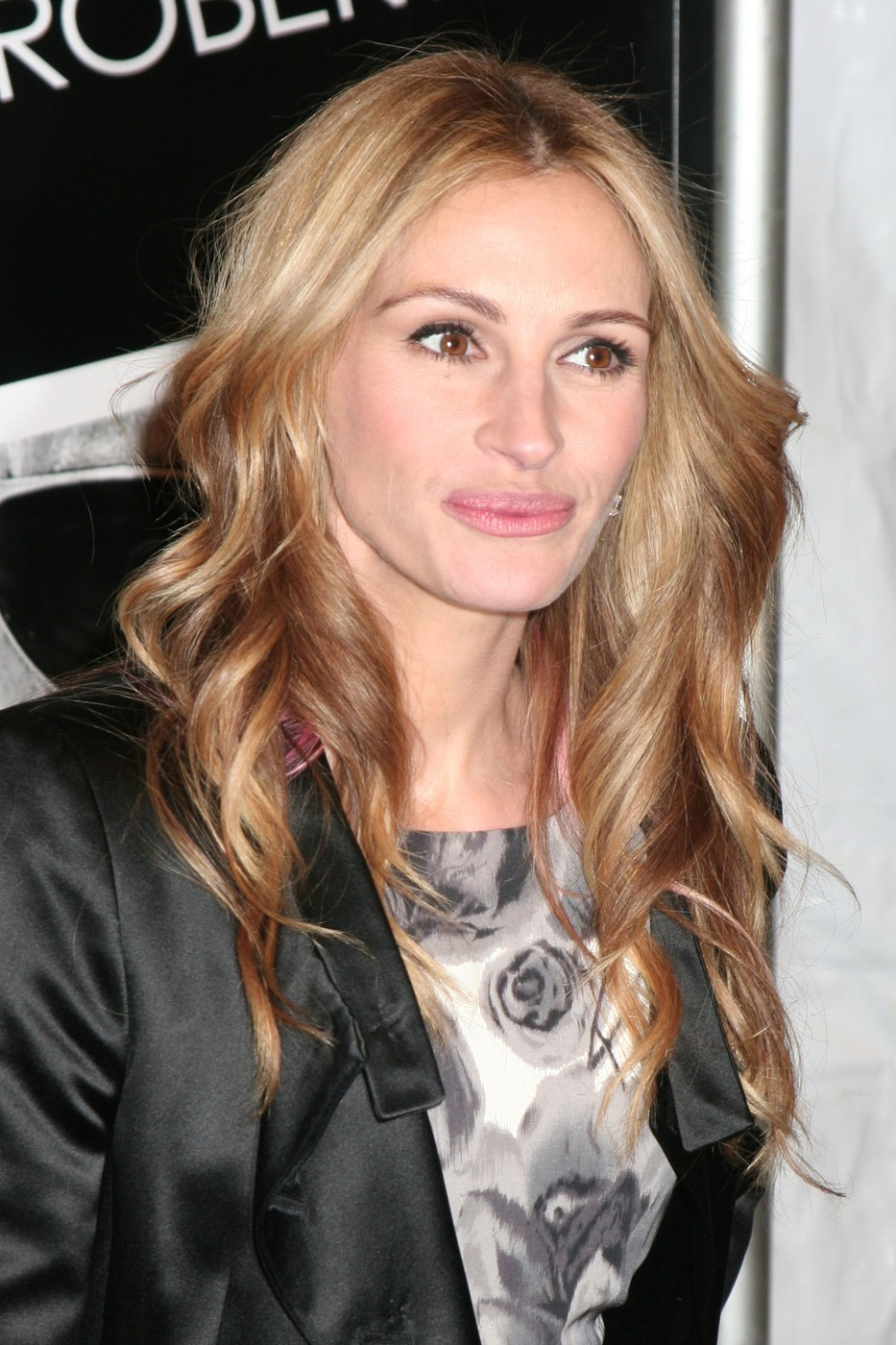 Julia Roberts So Devastated By Half Sister Nancy Motes S: Like Every Body: Julia Roberts Profile And Pictures 2012
