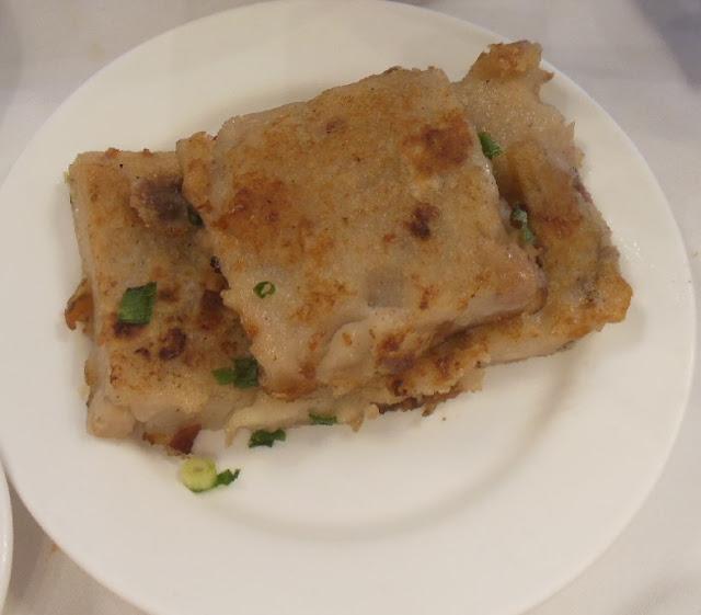 Gold Leaf, Docklands, fried turnip cake