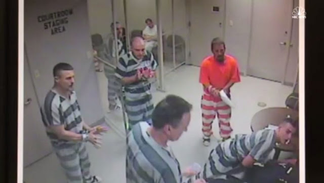 US Inmates break jail to save guard, Break jail Texas, Act of Humanity