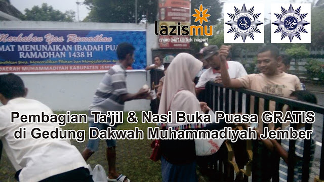 Pembagian ta'jil dan nasi buka puasa GRATIS di Gedung Dakwah Muhammadiyah Jember
