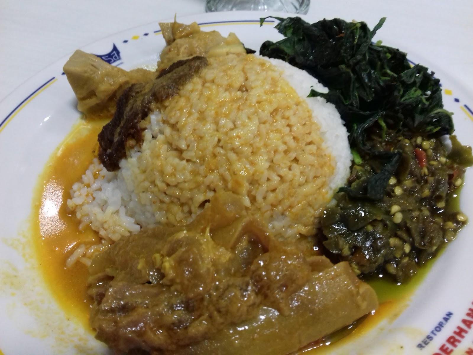 Rekomendasi Kuliner Nasi Padang Restoran Sederhana