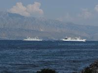 Smjena gostiju, velika gužva - Supetar slike otok Brač Online